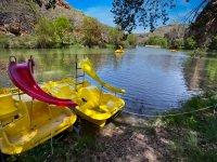 Barca de hidropedales en el Duratón