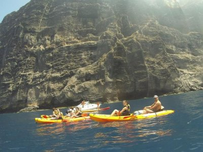 Patea tus Montes Senderismo y Aventura Kayaks