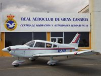 Aeroclub y avioneta.JPG