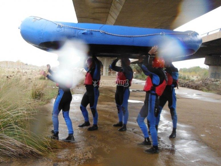 Saliendo del Tormes con el raft