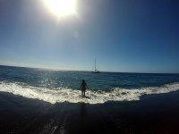 乘船发现的火山海滩