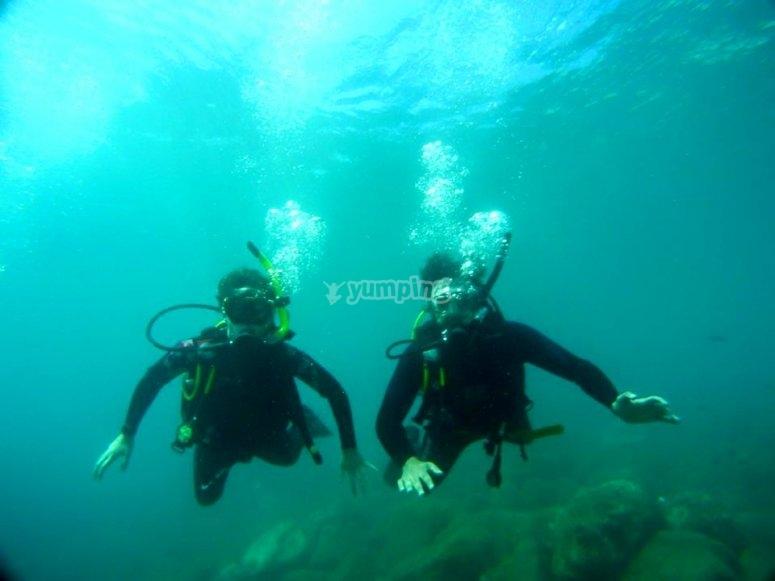 特殊潜水夫妇的洗礼马拉加