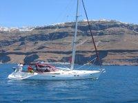 游乐设施和船只路线