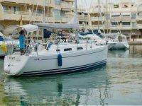 帆船Hanse 342租用1/2天