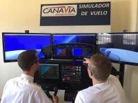 Alumnos en el simulador