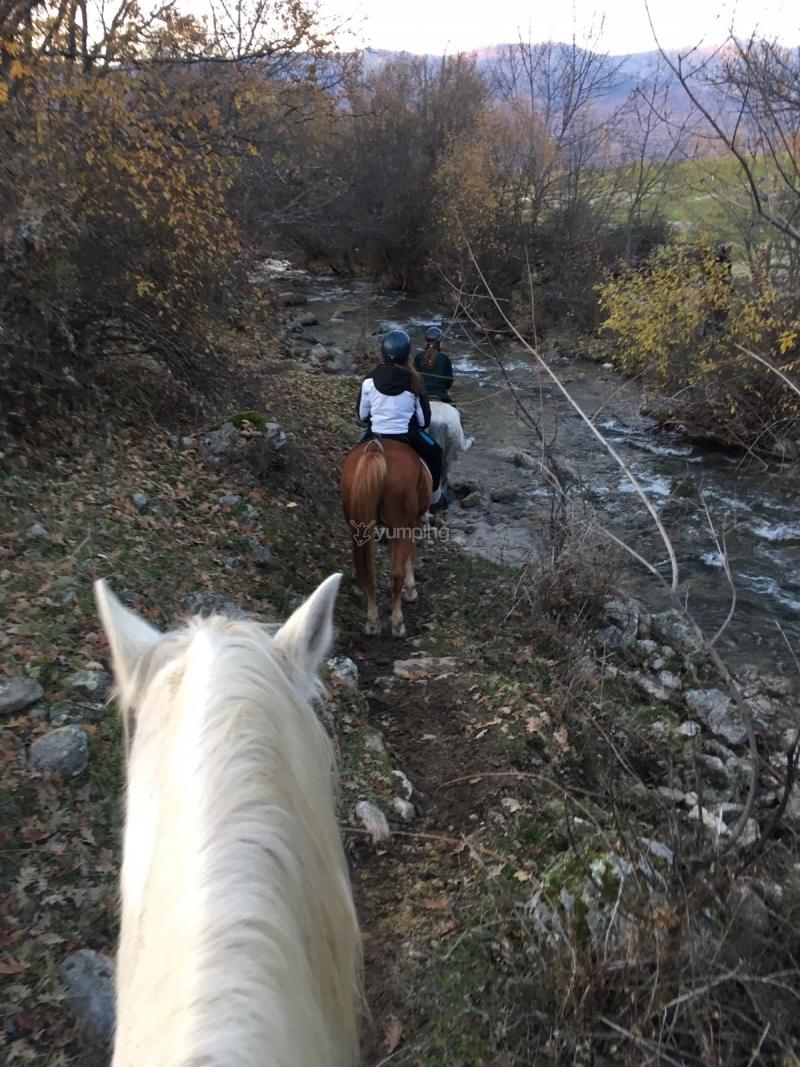 res_o-35199-rutas-a-caballo_de_elena-fernandez-castano_14850414022847.JPG