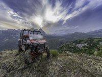 Buggy sobre piedra en los Pirineos