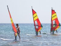 Windsurfing students