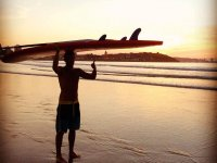 Holding the sup board