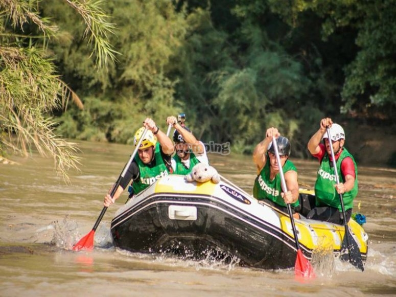 Descenso de rafting en grupo