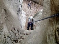 climbing rappel