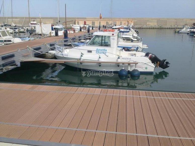 Embarcacion en el puerto