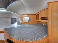 Camarote con cama amplia