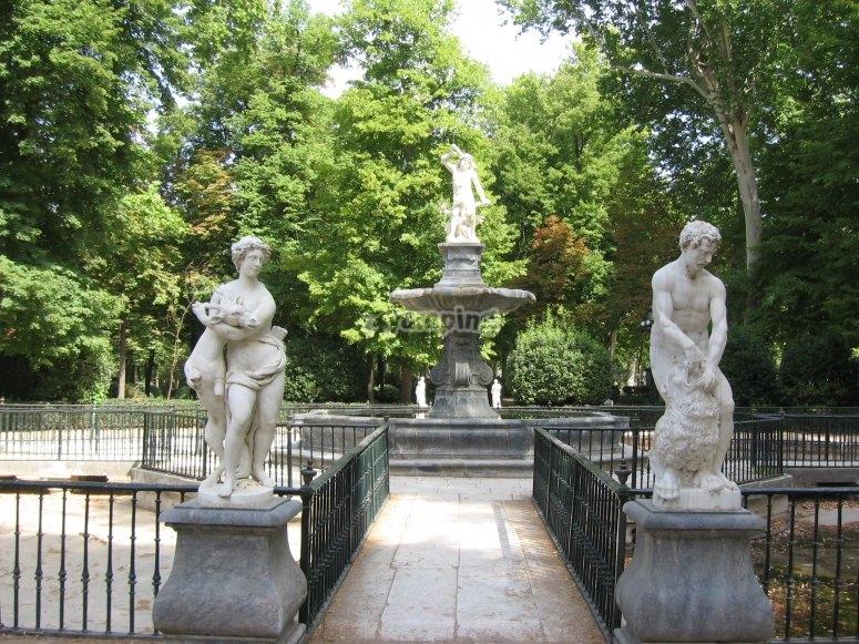 Fuente de Hércules en los Jardines de Aranjuez