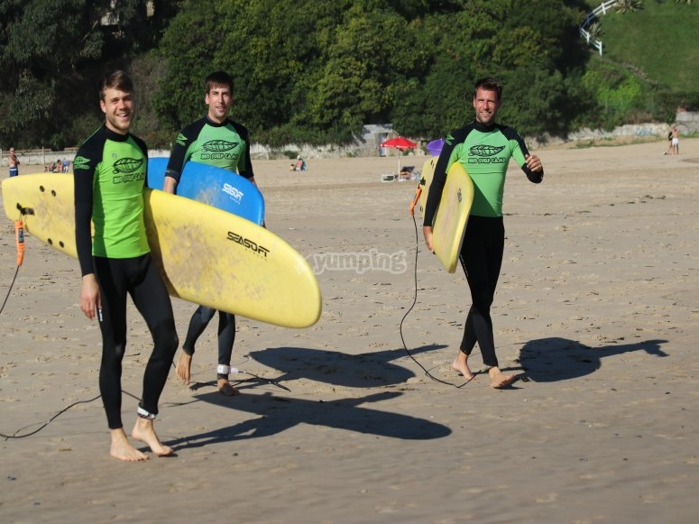 Surfing courses in Cantabria