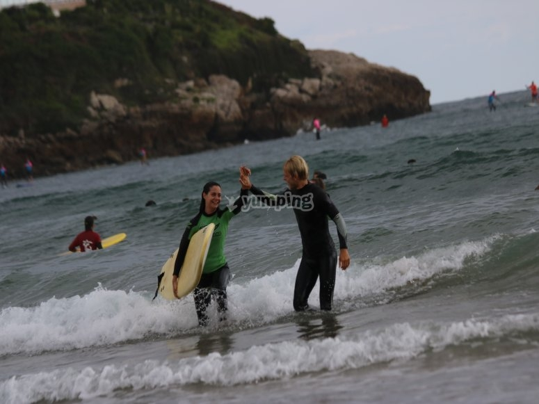 Surfing classes in Cantabria