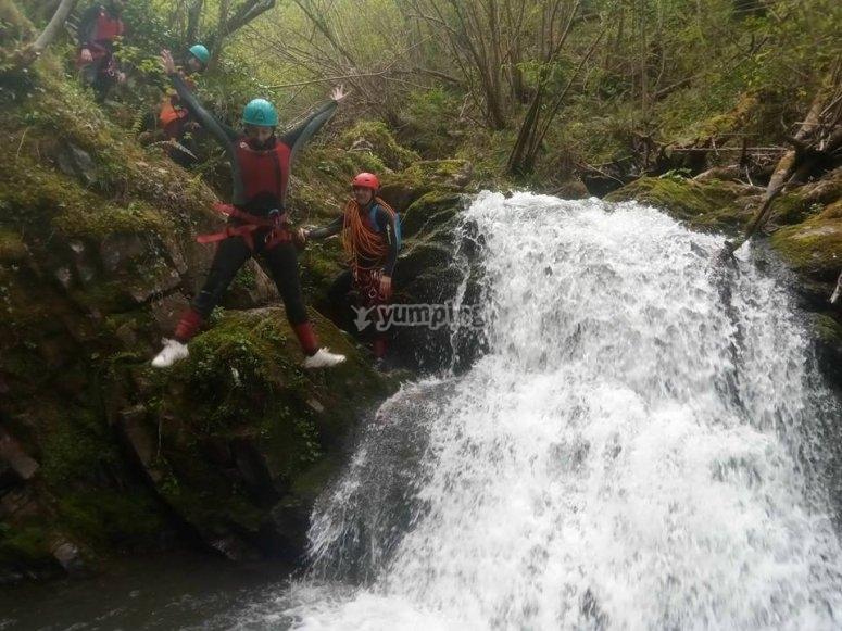 Canyoning divertimento diversivo canyoning