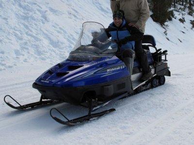 Horizontes Deporte y Aventura Motos de Nieve