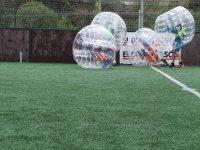 Burbujas chocando en el campo de juego