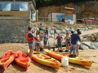 沙滩海上皮艇