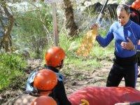 Descenso de canoas en aguas bravas Noguera 3h