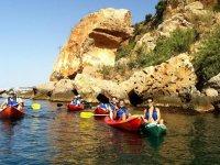 Excursion en kayak por los acantilados de Nerja