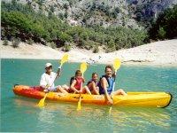 Canoa con la famiglia