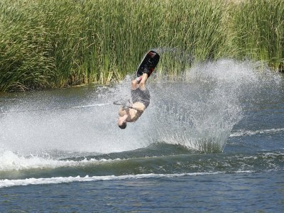 Wakeboarding session in Valdemorillo 15 min