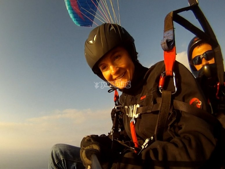 This paragliding flight is an unique experience!
