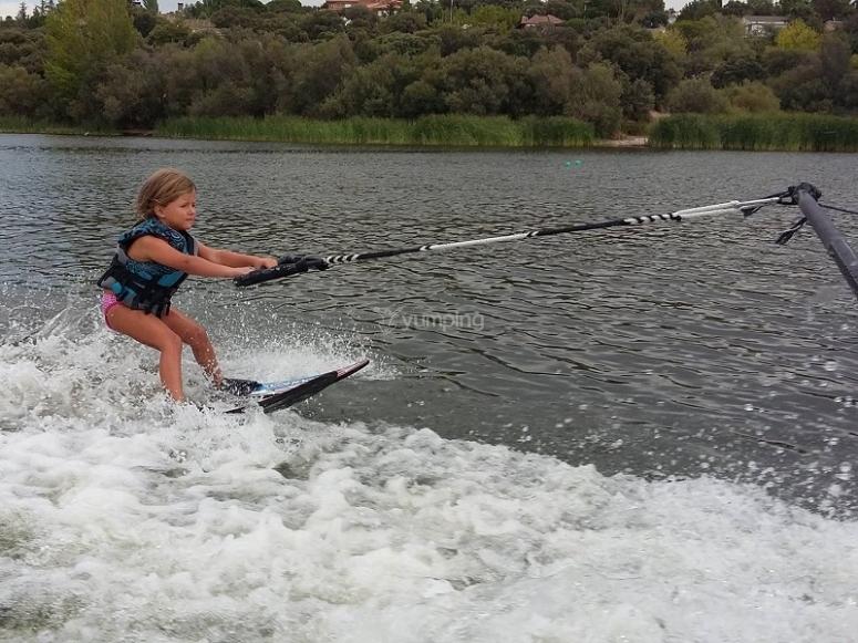 Little girl jet skiing in Madrid