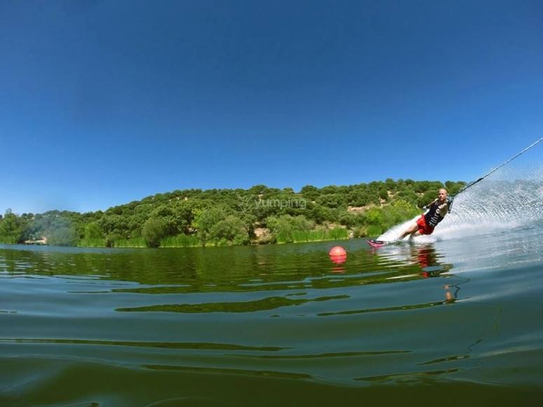 Practice jet skiing in Valdemorillo