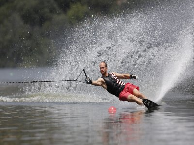 Water Skiing 10 session voucher in Valdemorillo