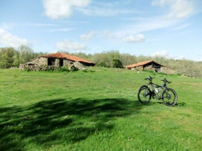 Percorso MTB + Bed and breakfast, a Vinuesa
