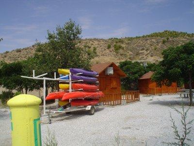 皮划艇或 SUP 以及在内格拉廷的 2 晚住宿