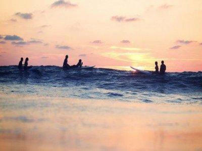 Surfcamp夏季7天+18年