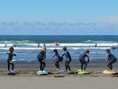 Surfcamp夏季7天,15至17岁的阿斯图里亚斯