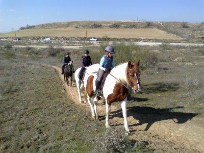 Cumple: ruta a caballo + merienda en Navalcarnero