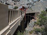 Salto desde un puente