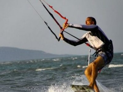 Private kitesurfing class, La Manga, 6h