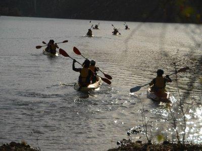 独木舟出租在JoaquínCosta水库,1小时。