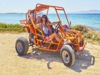 乐在越野车越野车沿着海岸越野车富埃特文图线路