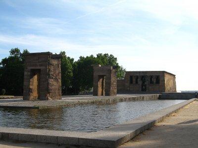 Gymkana infantil en torno al templo de Debod