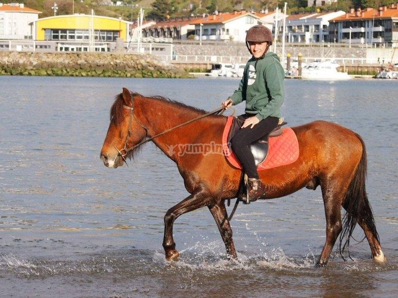 A caballo por el agua