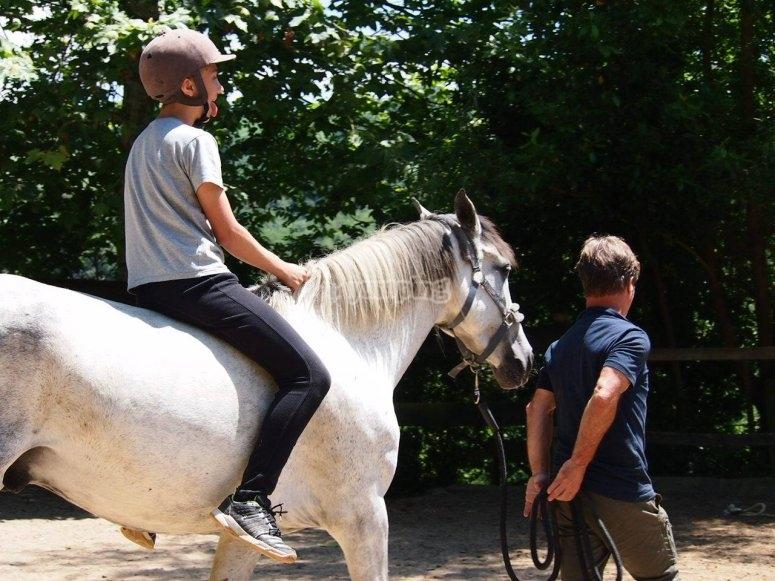 Montando a caballo en Zarautz