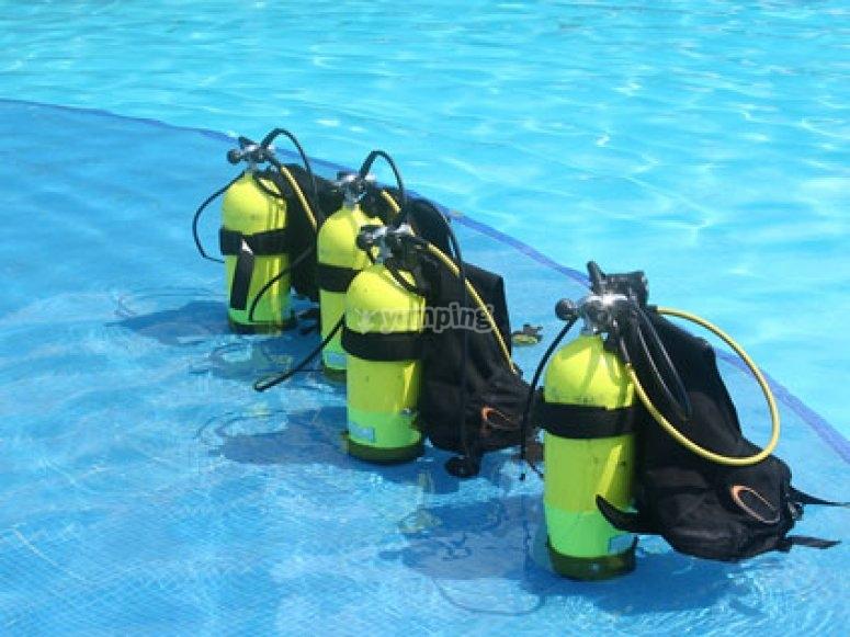 Equipos de buceo preparados