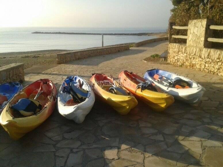 海上独木舟