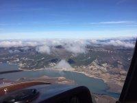 El rio y las nubes desde el avion