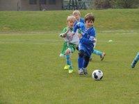 Corriendo detrás del balón