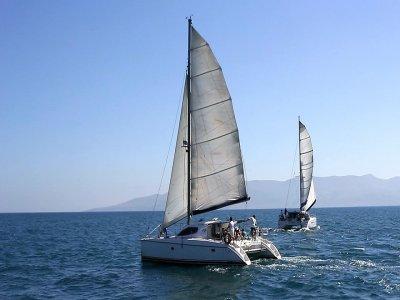 Alquiler de catamarán por 1 día en Málaga