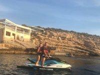Ruta en moto de agua por la costa de Villajoyosa